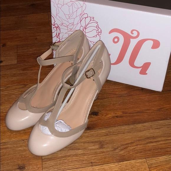 e336ad8b481 Nude kitten heels w/ peep toe size 8 NWT